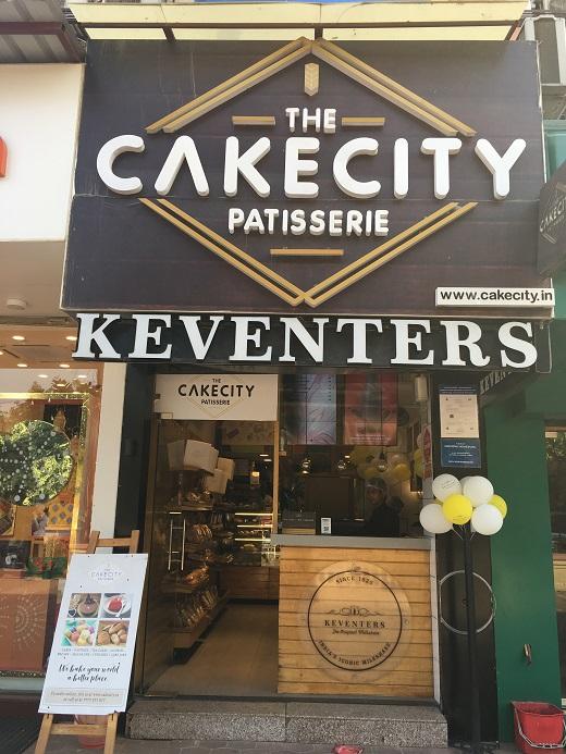 インドのグルガオンにある美味しいケーキ屋さんの店構え